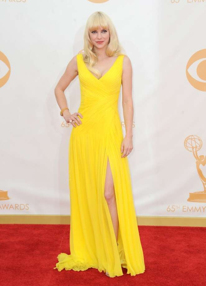Anna Faris:Best bridesmaid's dress evah. Photo: Associated Press