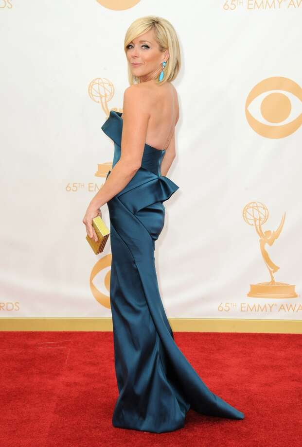 Jane Krakowski arrives at the 65th Primetime Emmy Awards at Nokia Theatre on Sunday Sept. 22, 2013, in Los Angeles.  (Photo by Jordan Strauss/Invision/AP) Photo: Jordan Strauss, Associated Press