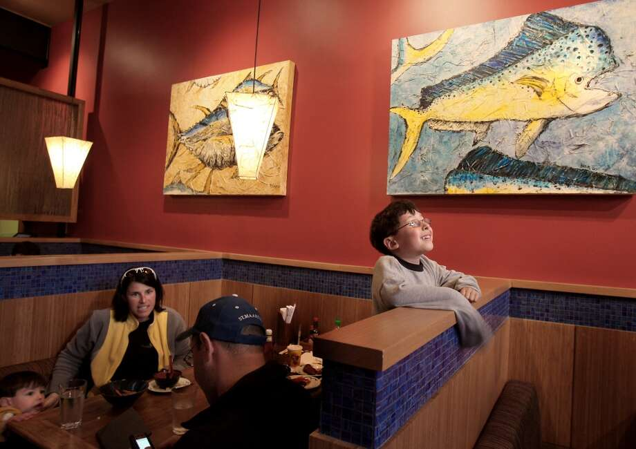 KID-FRIENDLY RESTAURANTS AROUND SAN FRANCISCOPacific Catch: Fresh fish is the specialty at this small chain of Bay Area restaurants with locations in S.F.'s Marina and Sunset districts. KIDS' MENU: Expand little taste buds with coconut shrimp, fish and chips or salmon teriyaki bowl—all served with a side of seasonal vegetables. INFO: pacificcatch.com. Photo: Brant Ward, SFC