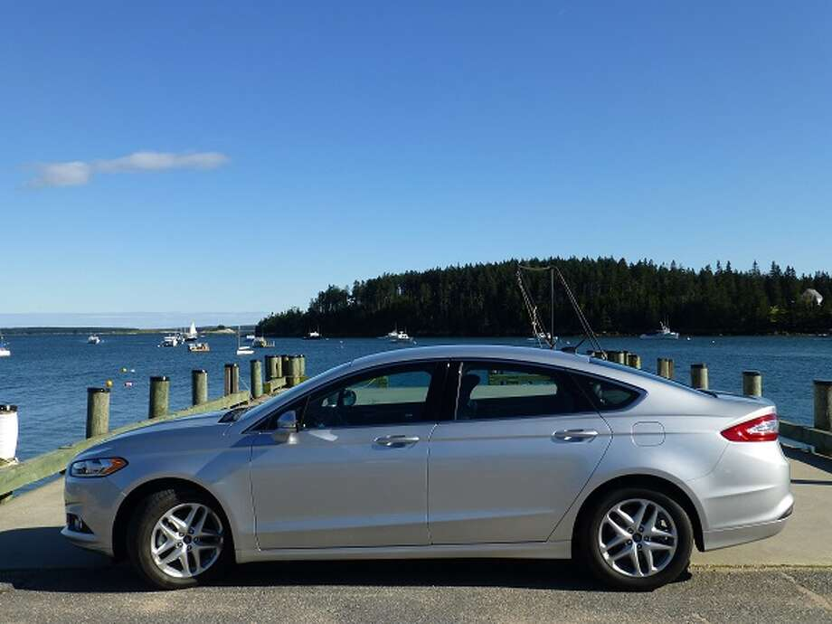 The 2013 Ford Fusion is one of the better-looking cars in the highly competitive midsize niche. (All photos by Michael Taylor)