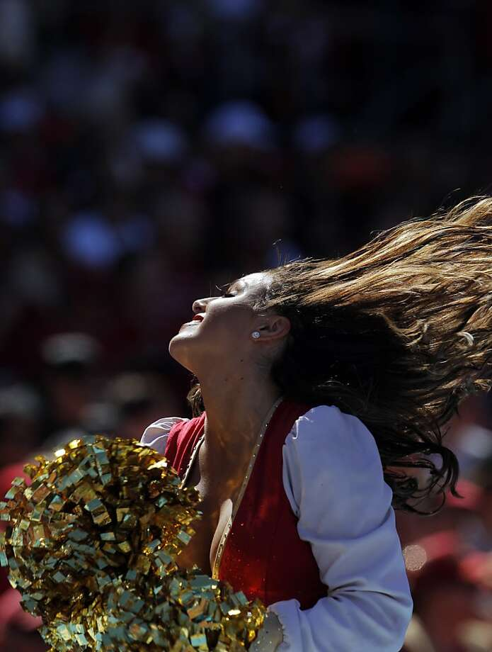 A San Fransisco 49ers's Gold Rush dancer cheers on Sept. 22, 2013. Photo: Carlos Avila Gonzalez, The Chronicle