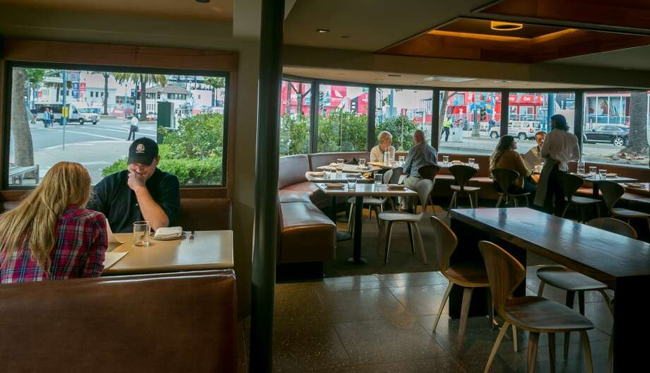The dining room at Fog City in San Francisco. Photo: John Storey, Special To The Chronicle
