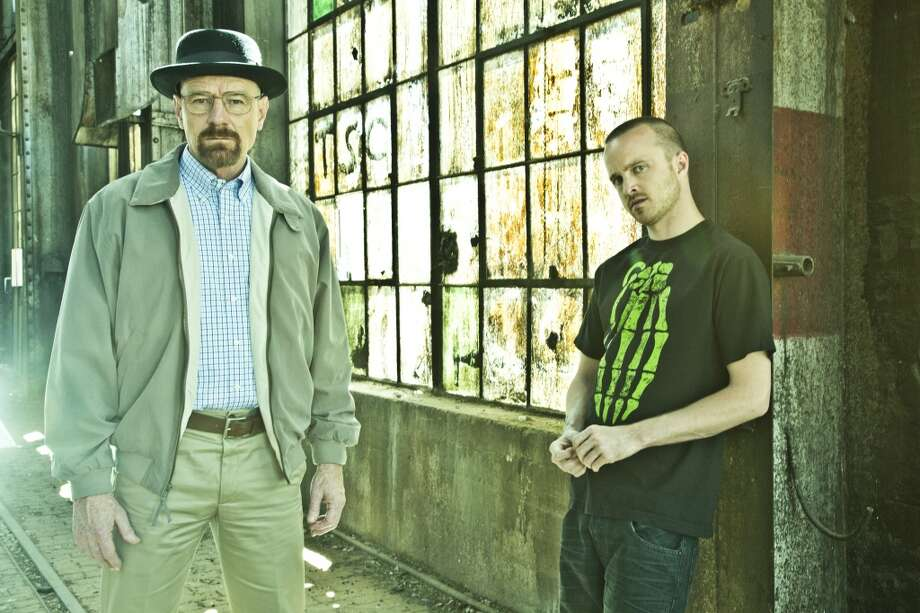 Walter White (Bryan Cranston) and Jesse Pinkman (Aaron Paul) - Breaking Bad - Gallery - Photo Credit: Frank Ockenfels/AMC Photo: Frank Ockenfels/AMC