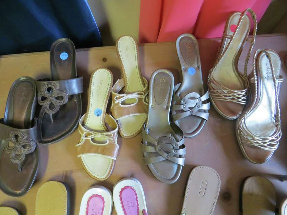 12. Visit discount or consignment shops that may enable you to obtain fashionable items at greatly reduced rates. Photo: Jennifer Rodriguez