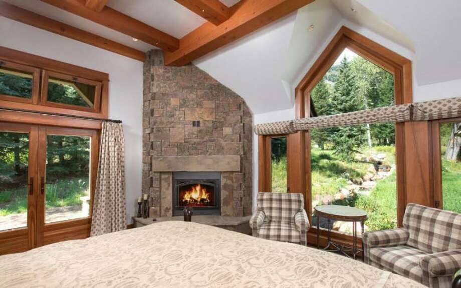 Another view of bedroom. All photos via Prugh Real Estate, Jackson Hole, WY Photo: Http://www.prughrealestate.com/properties/6895-n-bowman-rd-teton-village-wy-83025