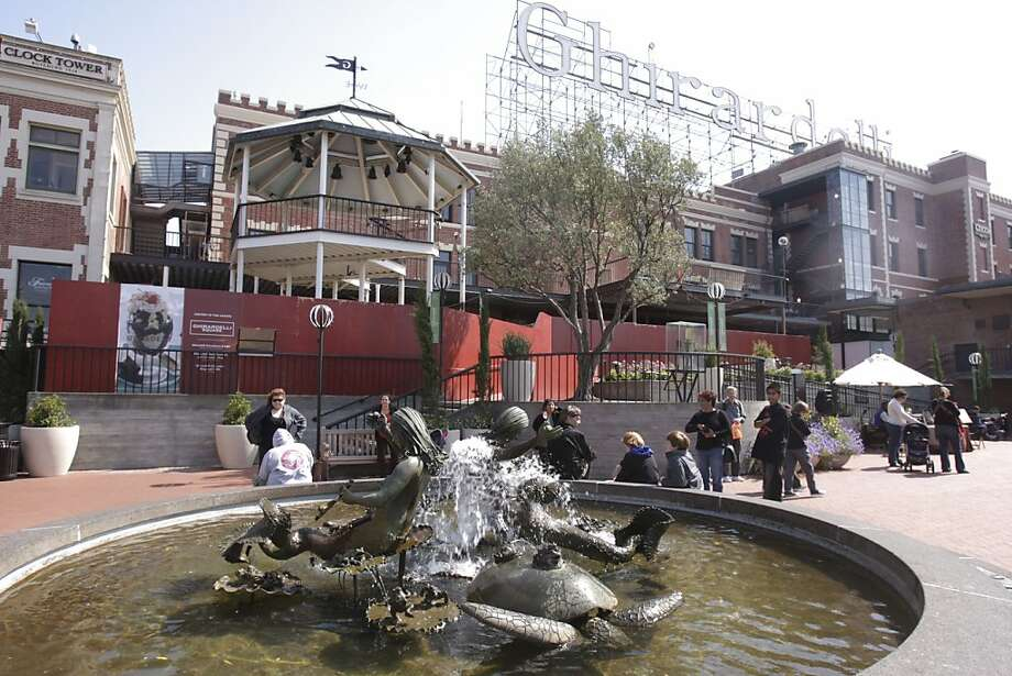 The Mustard Building, behind Ghiradelli Square's fountain. Photo: Kurt Rogers, The Chronicle