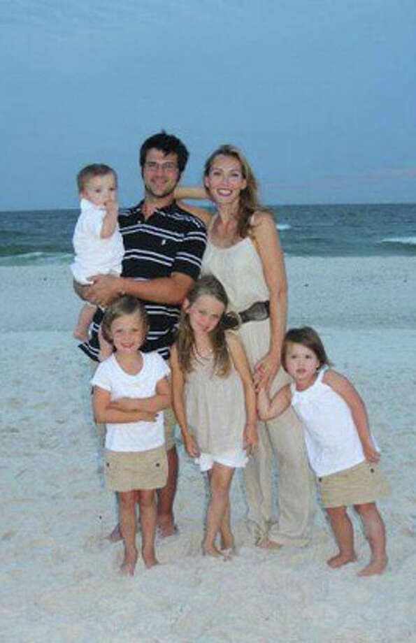 Jep, Jessica and their kids in the 'pre-beard' era. Photo: Courtesy Of The Robertson Family/ A&E