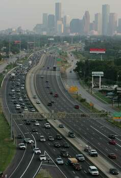 Traffic is lined up on I-45 North near I-610 fleeing in preparation for the possible landfall of Hurricane Rita Tuesday, Sept. 21, 2005, in Houston. Photo: BRETT COOMER, HOUSTON CHRONICLE / HOUSTON CHRONICLE