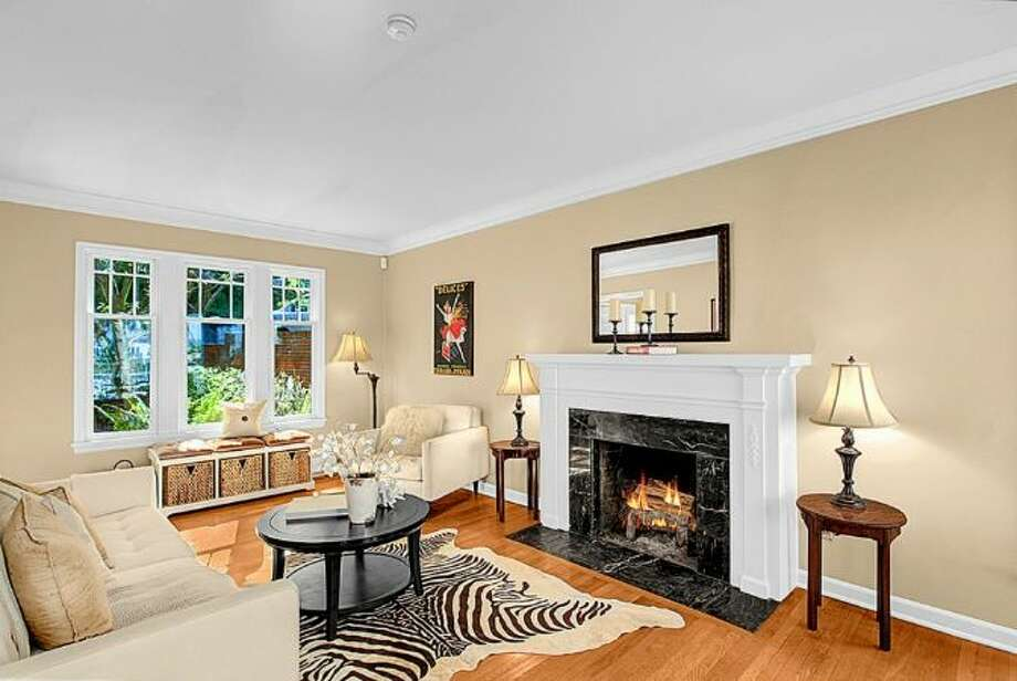 Living room of 2448 Delmar Drive E. It's listed for $799,000. Photo: Courtesy Steve Leland, Windermere Real Estate