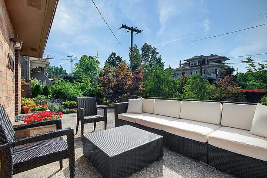 Front deck of 2310 11th Ave. E. It's listed for $775,000, although a sale is pending. Photo: Courtesy Steve Laevastu, Mick Walls, Windermere Real Estate