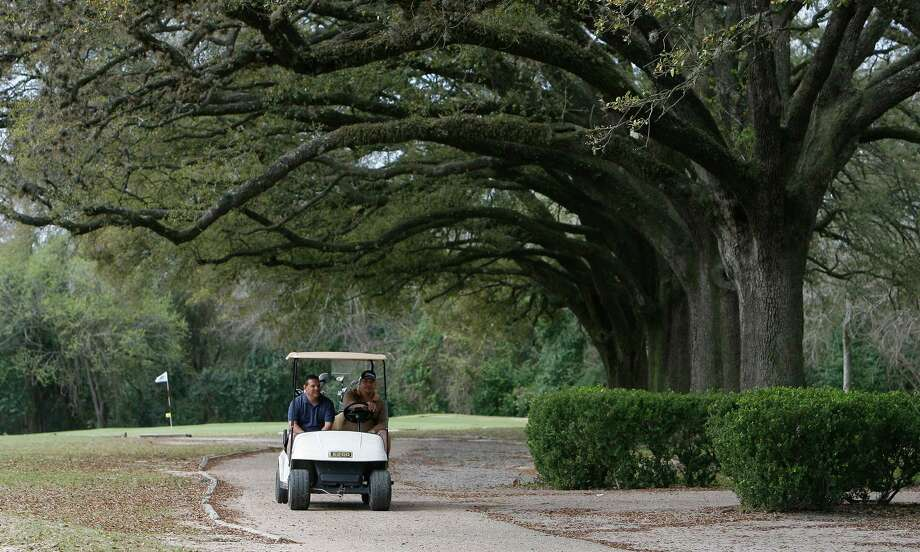 Gus Wortham Golf Course is 106 years old and has the scenery to prove it. Photo: Steve Campbell, Staff Photographer / Houston Chronicle