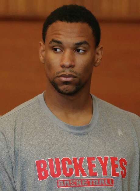 Celtics forward Jared Sullinger is accused of assaulting his girlfriend, who wants to drop the case.