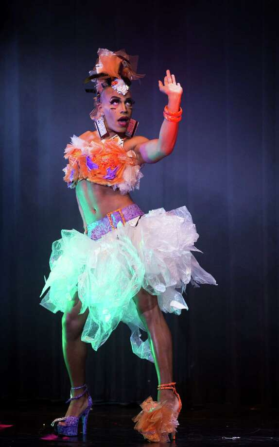 Burlesque artist Luminous Pariah of the U.S. performs during the Odd Night, the second show of the first international Berlin Burlesque Festival in Berlin, Germany, Friday, Sept. 20, 2013. The four-day festival including three different evening shows and different workshops hosts some 36 international burlesque artists. Photo: AP