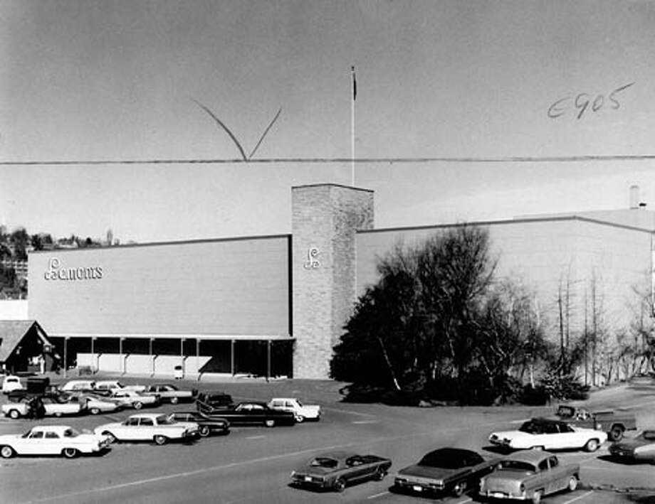 Before Barnes & Noble, and before Room & Board, there was Lamonts department store at University Village. The store began as a Rhodes department store in 1956.  Photo: P-I File, -