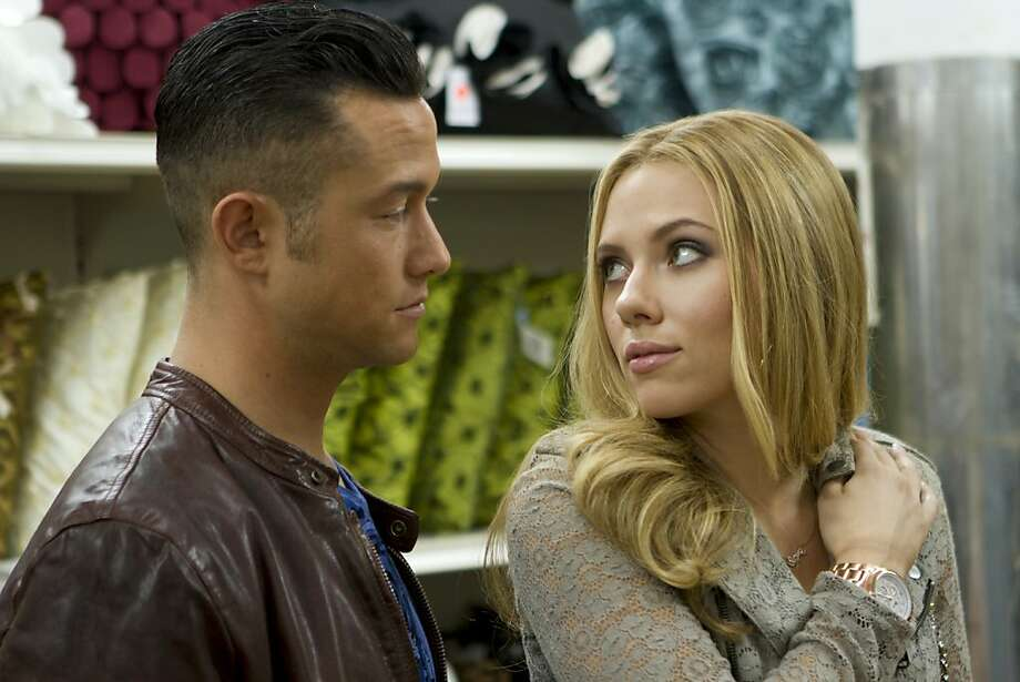 "Joseph Gordon-Levitt and Scarlett Johansson in ""Don Jon,"" in an undated handout image. On Sept. 27 Gordon-Levitt enters the ranks of first-time film directors with ""Don Jon,"" an edgy romantic comedy he stars in and also wrote. (Daniel McFadden/Relativity Media via The New York Times) Photo: Daniel Mcfadden, New York Times"