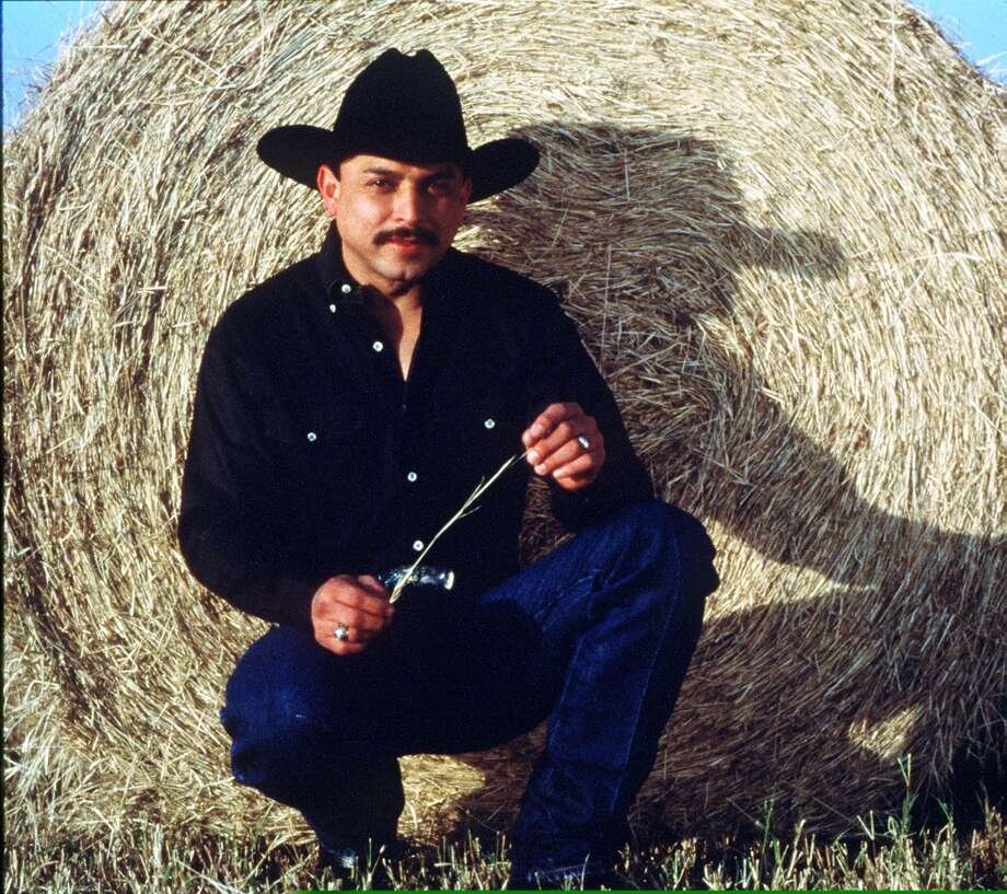Emilio Navaira Photo: EMI LATIN