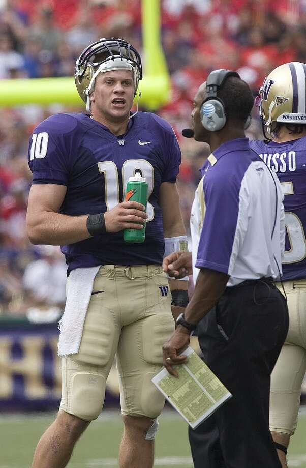 Locker was a bright spot during the otherwise dark era on Montlake, but an injury his sophomore season doomed the Huskies to one of their worst seasons ever, an 0-12 debacle that cost Willingham his job. (Grant M. Haller/Seattle P-I) Photo: Grant M. Haller