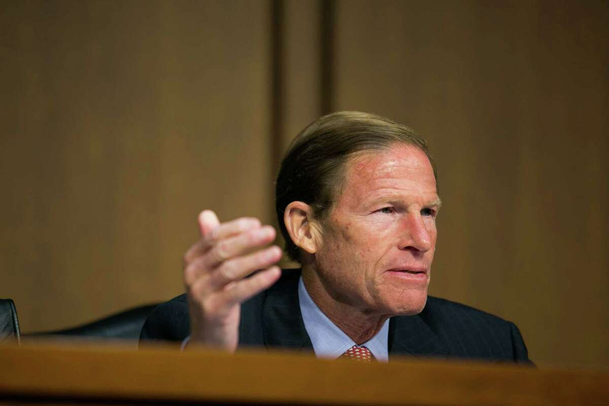 """WASHINGTON, DC - SEPTEMBER 10: U.S. Sen. Richard Blumenthal (D-CT) questions witnesses during a Senate Judiciary Committee hearing on """"Conflicts between State and Federal Marijuana Laws,"""" on Capitol Hill, September 10, 2013 in Washington, DC. The hearing focused on conflicts between state and federal marijuana laws. (Photo by Drew Angerer/Getty Images)"""