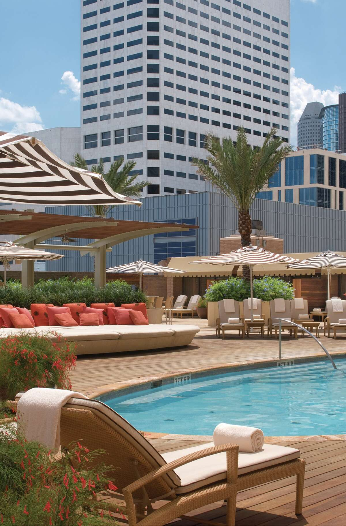 The downtown Four Seasons Hotel has a pool.