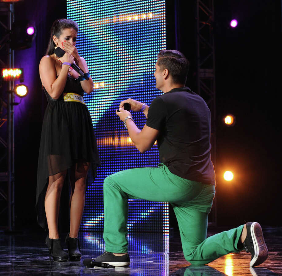THE X FACTOR: Contestant David Grey proposes to his girlfriend, Lauren Waguespack,  on stage on THE X FACTOR airing Wednesday, Sep. 25 (8:00PM-10:00PM ET/PT) on FOX. CR: Craig Blankenhorn / FOX. ©Copyright 2013 FOX Broadcasting.