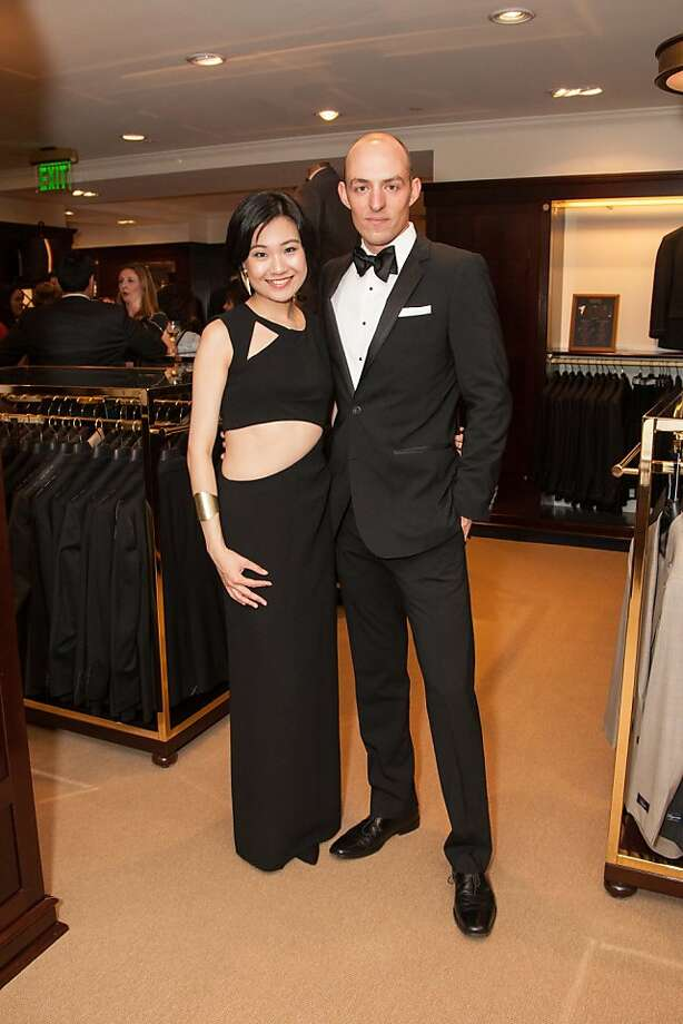 Dian Liu and Paul Lanningattend the Brooks Brothers San Francisco Fall Antiques show on Tuesday, Sept. 24. Photo: Drew Altizer Photography/SFWIRE, Tara Luz Stevens For Drew Altize