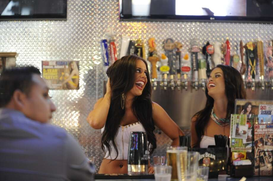 Morgan and Kristyn laugh a lot. Photo: Matt Strasen, Invision For MTV