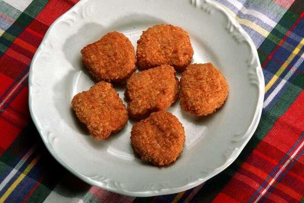 (tie) 4.  Chicken nuggets: 8%