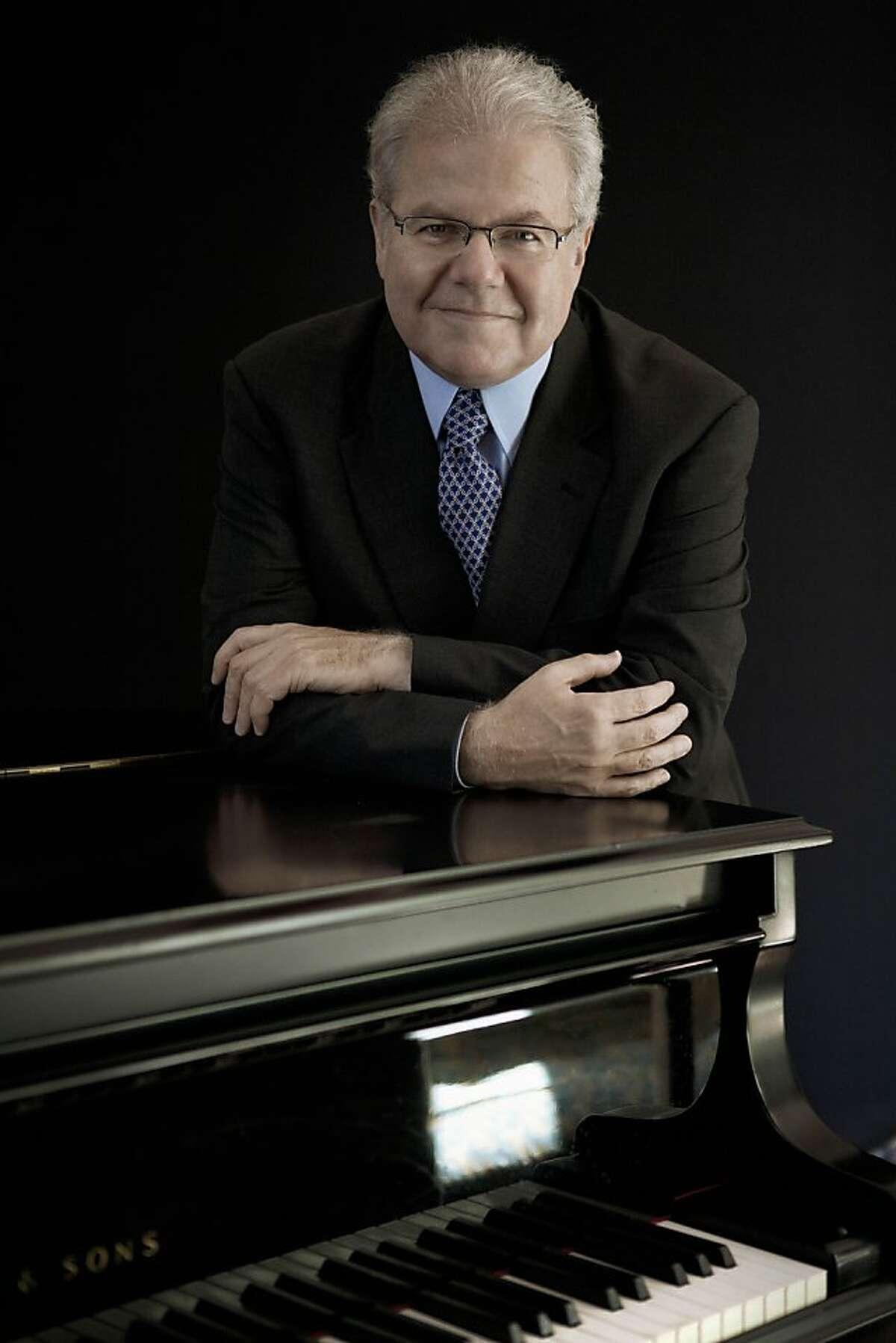 Pianist Emanuel Ax Pianist Emanuel Ax