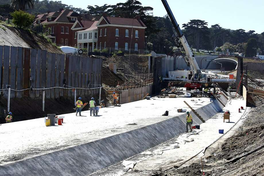 The new Doyle Drive will alter how the Presidio's interior connects to the waterfront. Photo: Michael Short, The Chronicle
