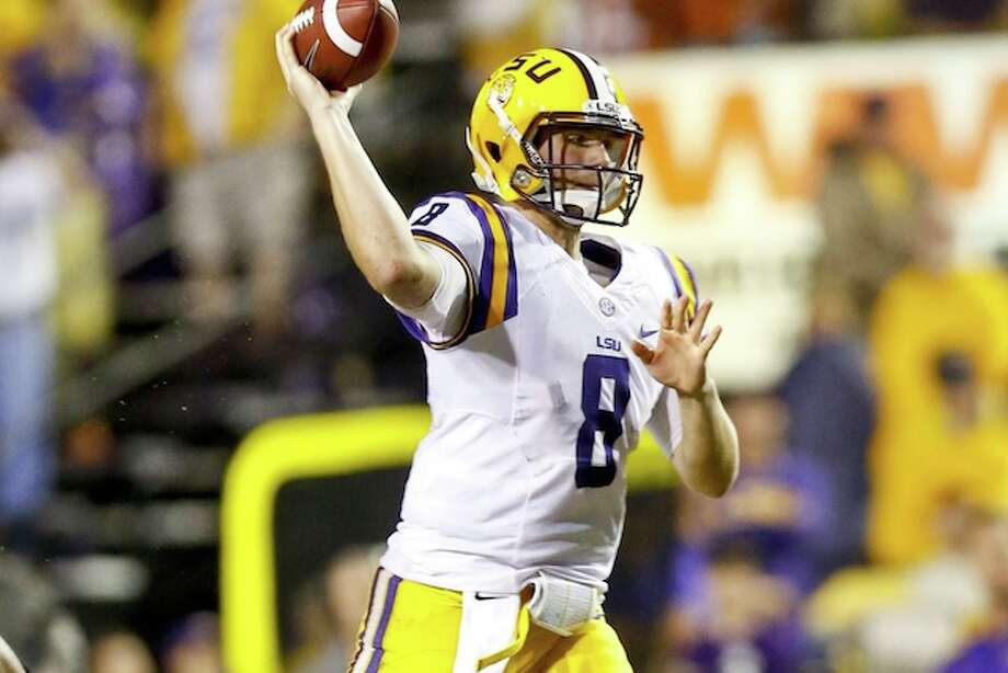 LSU's Mettenberger returns to where he once played and where his mother still works.