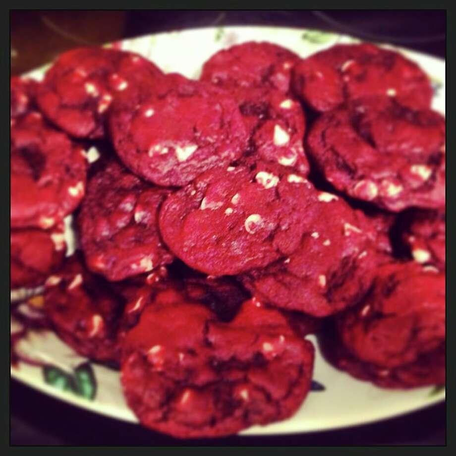 Makes about 3 dozen cookies