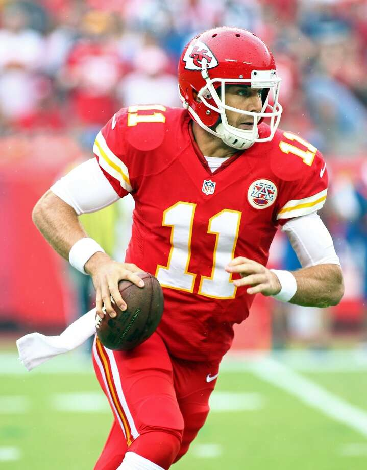 NY Giants (0-3) plus-4 ½ at Kansas City (3-0): Chiefs 24-21 Photo: Jay Biggerstaff, Associated Press