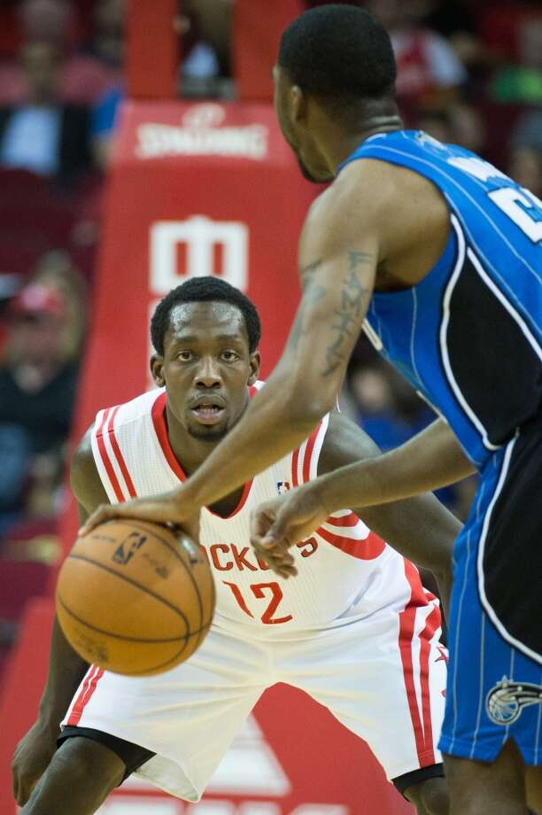 Patrick Beverley Position: Point guard Height: 6-1 Weight: 185 College: Arkansas Experience: 1 year  Contract status: Will be a restricted free agent after 2014-15 season   Photo: Smiley N. Pool, Houston Chronicle