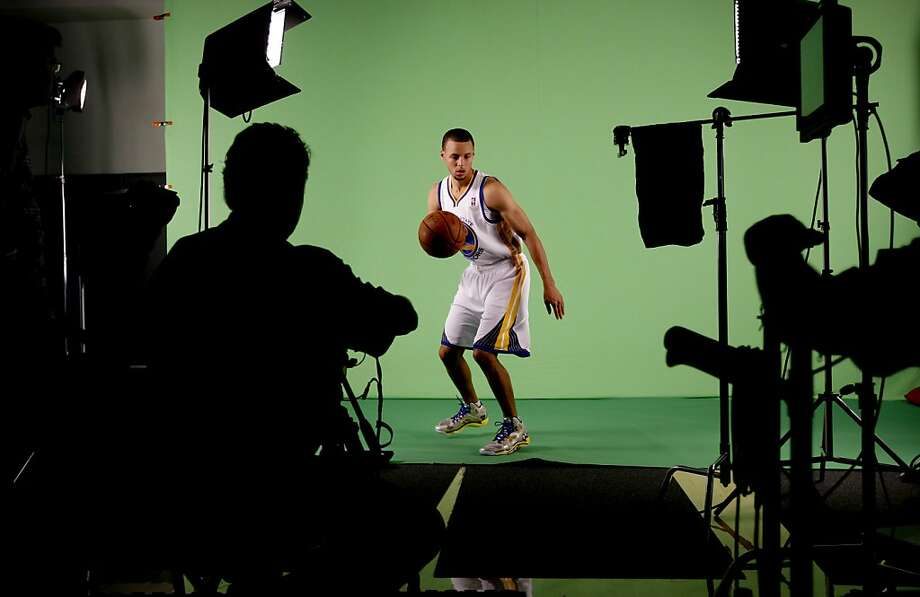 Guard Stephen Curry, (30) is filmed in action as the Golden State Warriors hold a media day at their practice facility in downtown Oakland, Calif. on Friday September 27, 2013. Photo: Michael Macor, The Chronicle