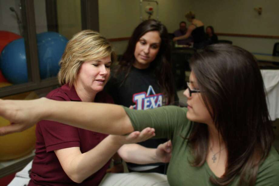 17. Occupational therapy aidesThey work with patients to improve movement and skills needed for living and working.Median pay: $26,850Growth rate (2012-22): 36 percentSource: BLS Photo: Lone Star College System