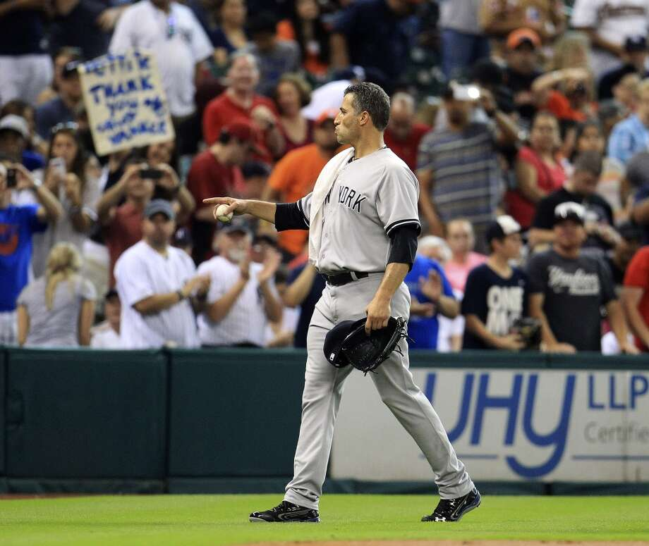 Yankees starting pitcher Andy Pettitte (46) walks to the dugout from the bullpen before the start of the game. Photo: Karen Warren, Houston Chronicle
