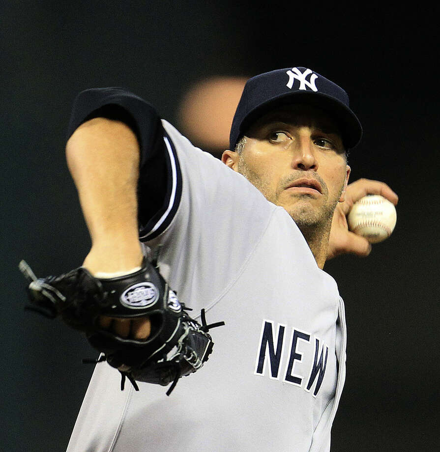 Yankees left-hander Andy Pettitte, who is retiring, threw his first complete game in seven years, allowing one run and two walks while striking out five. Photo: Karen Warren / Houston Chronicle