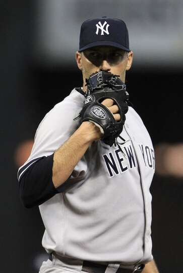 Sept: 28: Yankees 2, Astros 1  Andy Pettitte went out in style