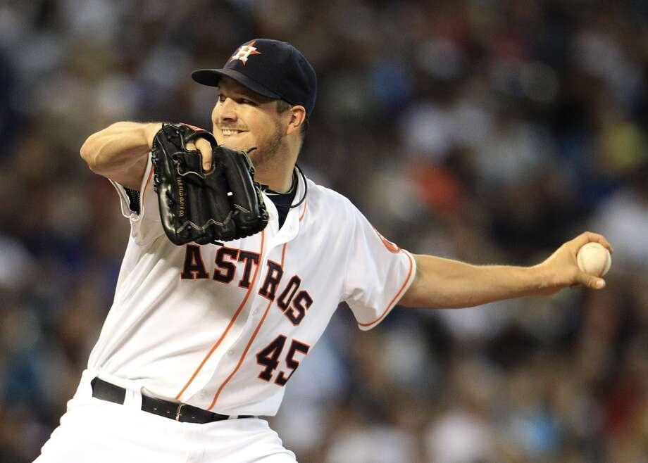 Starting pitcher Erik Bedard works during the first inning. Photo: Karen Warren, Houston Chronicle
