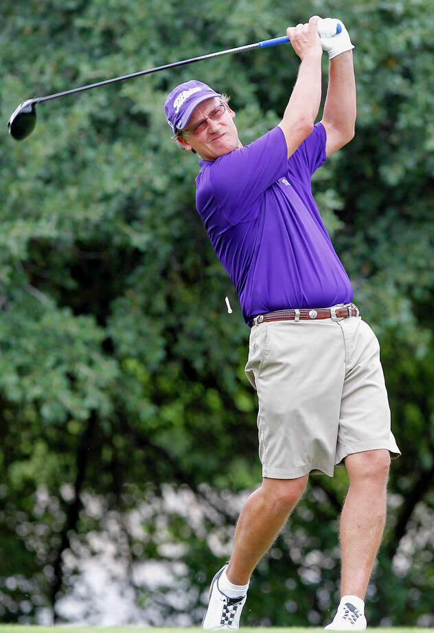 FILE: Bobby Baugh tees off on the 12th hole of the final round in the 2013 Greater San Antonio Senior Men's Championship golf tournament at Brackenridge Park Golf Course on Sunday, Sept. 29, 2013.  Baugh  shot a 65 on the final round to finish at 204 for the tournament and beat Harry Ramirez by three strokes.  MARVIN PFEIFFER/ mpfeiffer@express-news.net Photo: Marvin Pfeiffer, San Antonio Express-News / Express-News 2013
