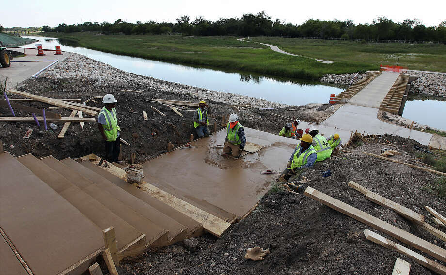 Contruction on a stairway near Espada Park is laid out during the final stages of completion on the eight-mile Mission Reach of the San Antonio River on Wednesday, Sept. 25, 2013. Photo: Kin Man Hui, San Antonio Express-News / ©2013 San Antonio Express-News