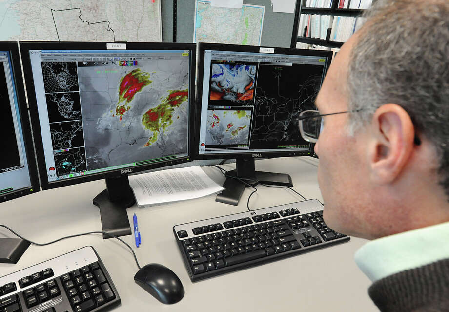 You'd also still be able to get the latest weather forecasts from National weather Service meteorologists. They wouldn't be furloughed.Source:New York Times Photo: Lori Van Buren, Albany Times Union / ONLINE_YES