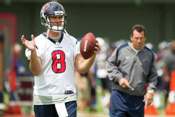 Coach Gary Kubiak has Matt Schaub's back as the Texans try to shake off back-to-back losses.