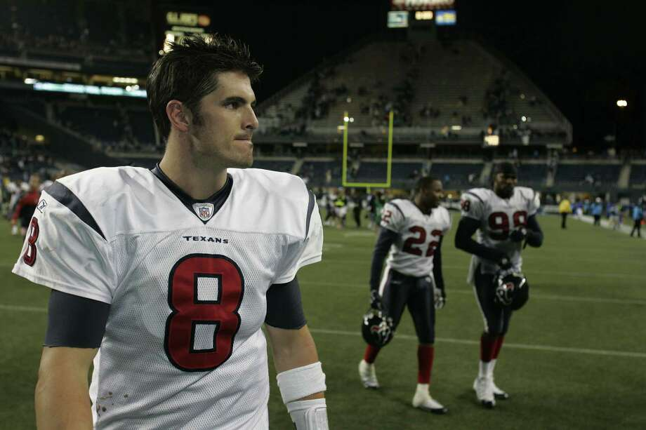 David Carr and the Texans had a dark campaign in 2005. Carr threw just 14 touchdown passes, and the Texans finished as the NFL's worst team with a 2-14 record. Photo: Ted S. Warren , Associated Press / AP