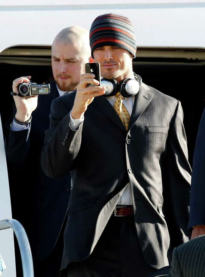 David Carr, right, enjoyed  his time in Indianapolis for the Super Bowl. Photo: Eric Gay, Associated Press / AP2012