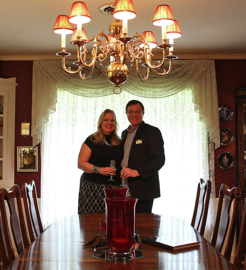 Steven and Mary Bull stand in the dining room of their Alamo Heights home on Sept. 20, 2013. Photo: Lisa Krantz, San Antonio Express-News / San Antonio Express-News