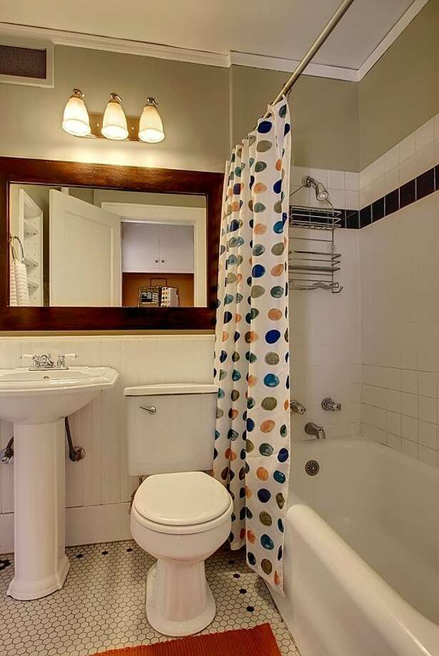 Bathroom of 1640 18th Ave., No. 7. It's listed for $225,000. Photo: Vista Estate Imaging, Courtesy Kip White, Coldwell Banker Bain