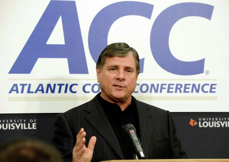 Tom Jurich: Louisville AD — He's done a nice across-the-board job, leading the Cardinals into the ACC with strong leadership after personally appealing to Dodds in an earlier unsuccessful bid to get them in the Big 12. His portfolio looks strong with a BCS bowl victory, men's basketball championship, women's Final Four bid and College World Series appearance for the Cardinals all in the last 10 months. If he could bring Charlie Strong along, he might be a slam dunk.                Odds: 6-1 Photo: Timothy D. Easley, Associated Press / FR43398 AP