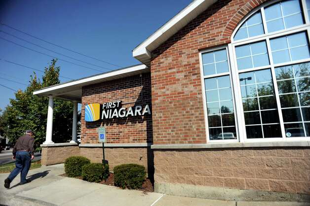 First Niagara is closing 17 branches and two drive-thrus announced on October 17, 2014 Photo: Cindy Schultz / 00024065A