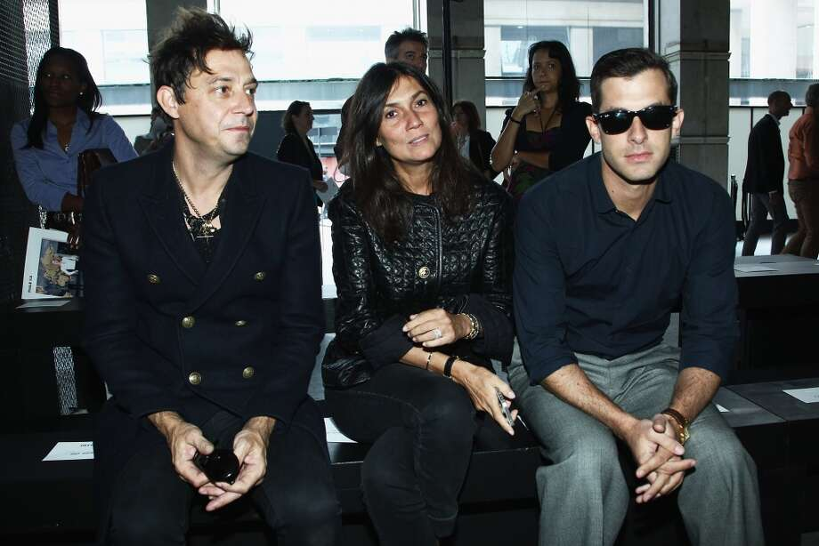 (L-R) Jamie Hince, Emmanuelle Alt and Mark Ronson attend the IRFE show as part of the Paris Fashion Week Womenswear  Spring/Summer 2014  on September 26, 2013 in Paris, France.  (Photo by Julien M. Hekimian/Getty Images) Photo: Julien M. Hekimian, Getty Images